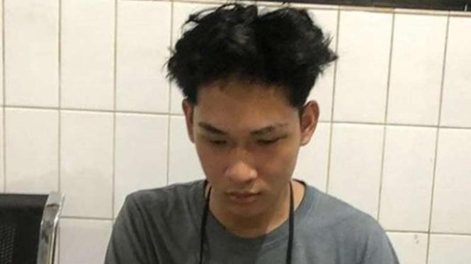 YouTuber Ferdian Paleka ditangkap.
