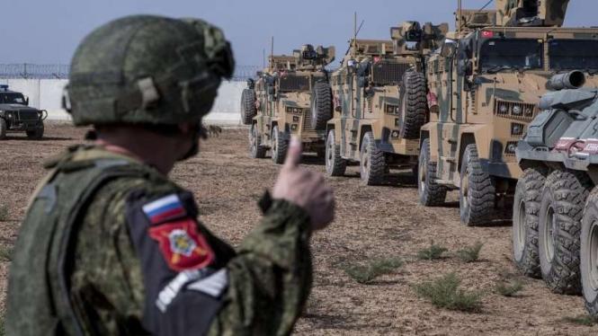 VIVA Militer: Personel Polisi Militer Rusia (VP) berpatroli di Idlib, Suriah