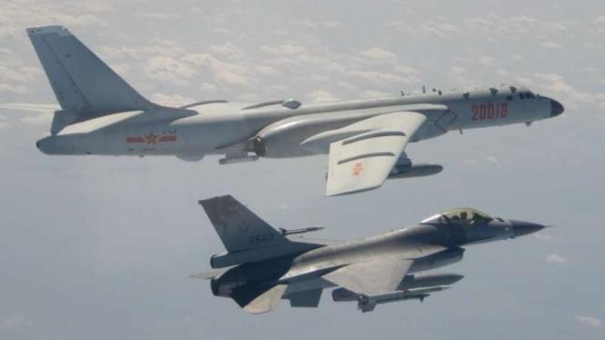 VIVA Militer: Armada Angkatan Udara Tentara Pembebasan Rakyat China (PLAAF)
