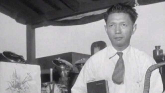 VIVA Militer: Laksamana Muda TNI AL (Purn) John Lie