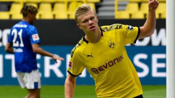 Bomber Borussia Dortmund, Erling Haaland dalam duel kontra Schalke