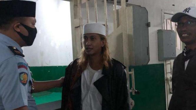 Habib Bahar Bin Smith di Lapas Gunung sindur.