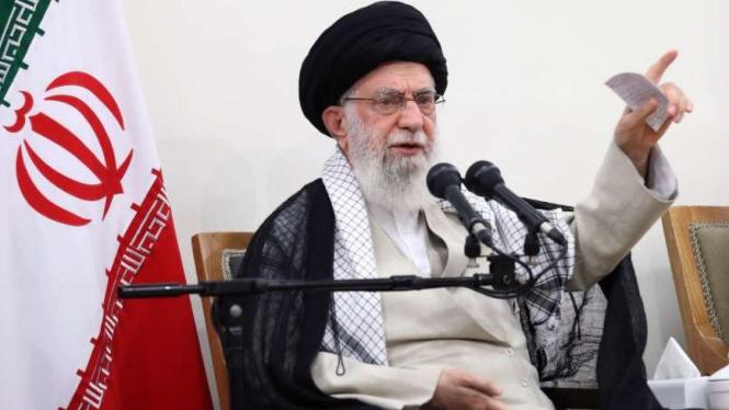 VIVA Militer:  Ayatollah Khamenei.