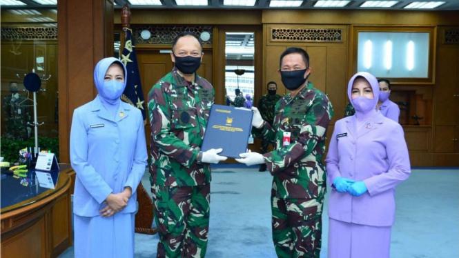 VIVA Militer: Upacara Pelantikan 6 Pati TNI AU Bersama KSAU Fadjar Prasetyo