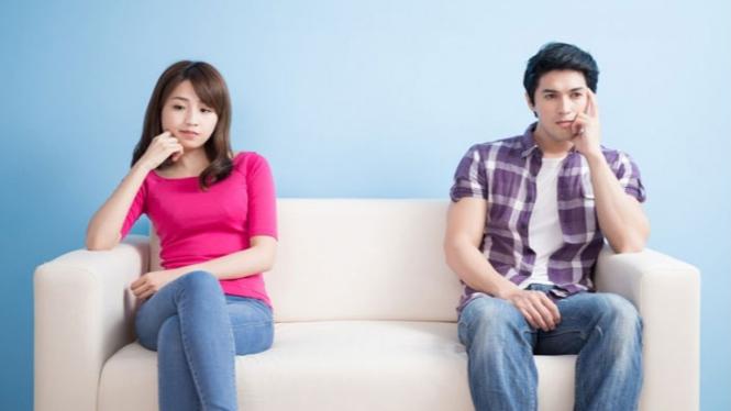 Ilustrasi konflik dengan pasangan