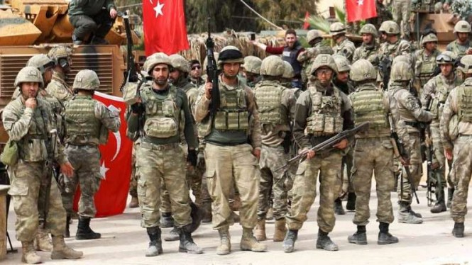 VIVA Militer: Personel militer Turki di Libya