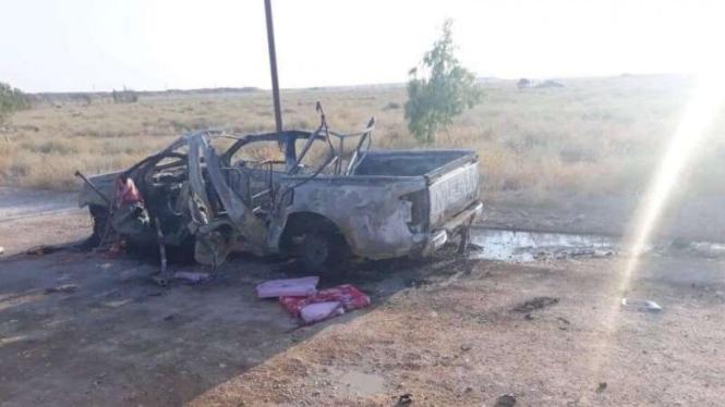 VIVA Militer: Sebuah kendaraan hancur terkena serangan drone di Suriah