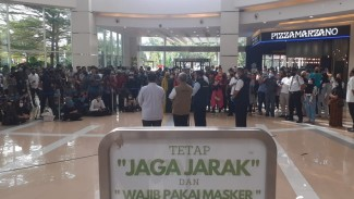 Presiden Jokowi melihat kesiapan new normal di Summarecon Mall Bekasi