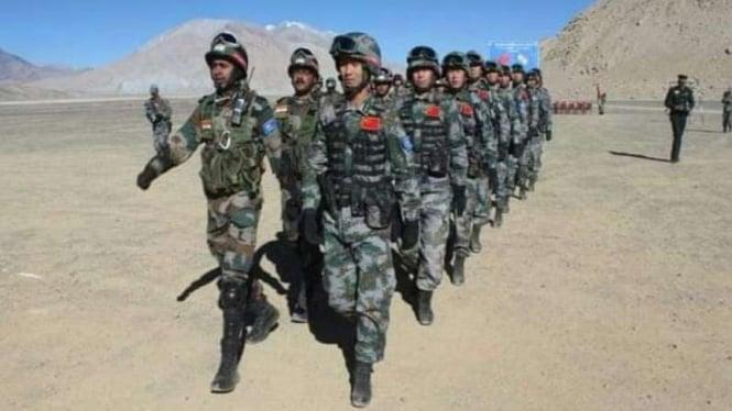 VIVA Militer: Tentara China dan India di perbatasan.