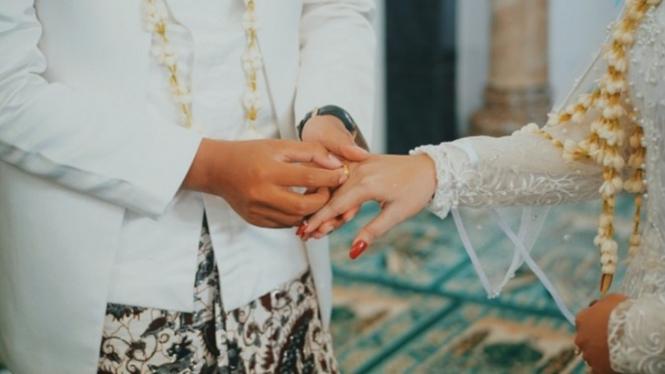 Ilustrasi pernikahan sederhana   Photo by Danu Hidayatur Rahman from Pexels