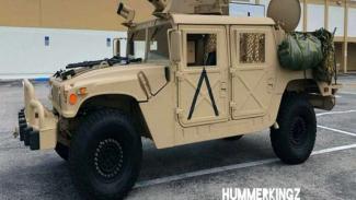 Mobil Hummer bekas armada militer dijual online