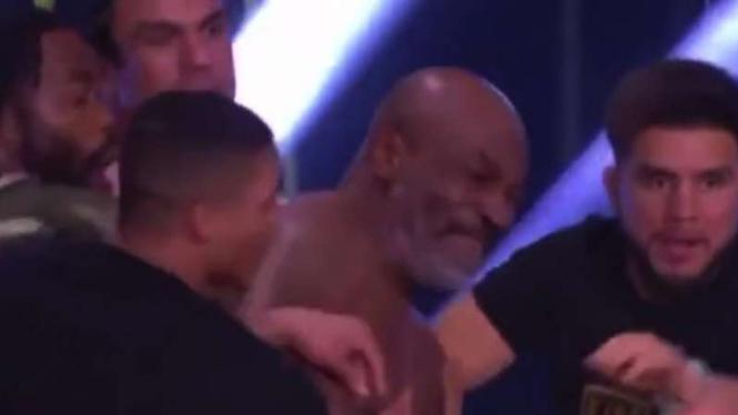 Mike Tyson ngamuk