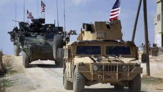 VIVA Militer: Konvoi tentara Amerika di Suriah.