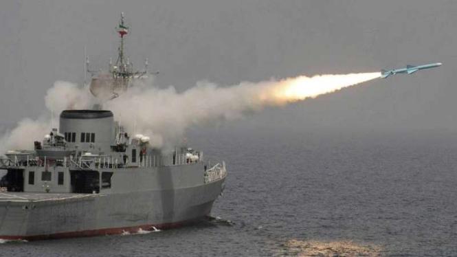 VIVA Militer: Kapal perang Angkatan Laut Garda Revolusi Iran (NEDSA)