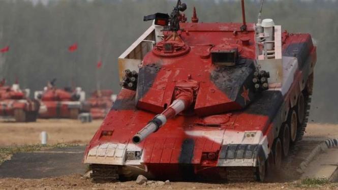 VIVA Militer: Tank Tipe 15 milik Tentara Pembebasan Rakyat China (PLA)