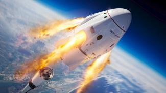 Kapsul Crew Dragon milik SpaceX terbang menuju ISS.