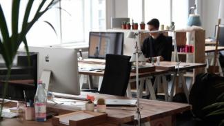 Bisakah Warga Menolak Kembali ke Kantor dan Tetap WFH?