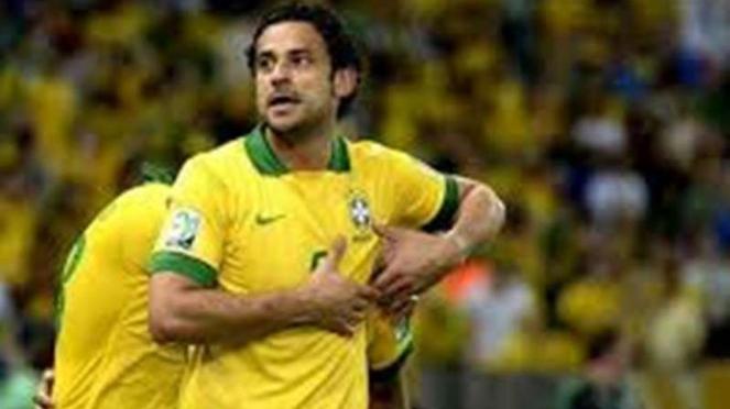 Mantan penyerang Brasil, Fred