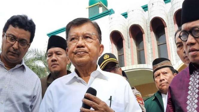 Ketua Dewan Masjid Indonesia Jusuf Kalla