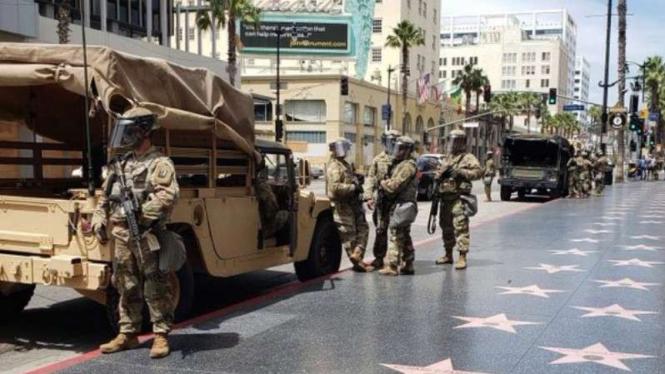 VIVA Militer:  Tentara Amerika kuasai Hollywood.