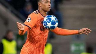 Bek Olympique Lyon, Kenny Tete.
