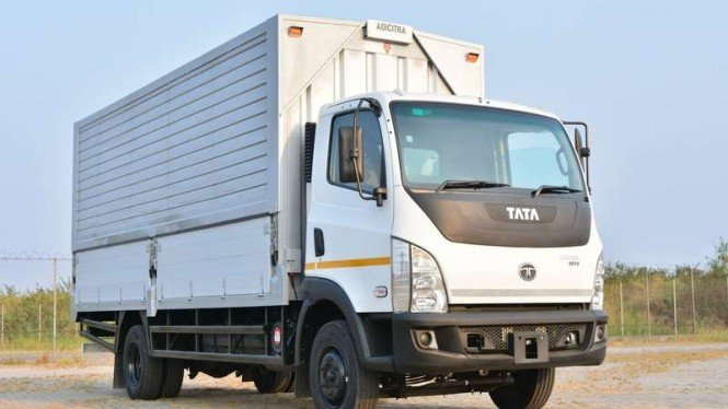 Ilustrasi truk Tata Ultra