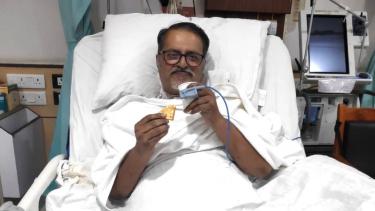 https://thumb.viva.co.id/media/frontend/thumbs3/2020/06/05/5ed97c6e39f65-covid-19-kisah-seorang-pasien-di-india-yang-berjuang-untuk-bisa-bernapas-sendiri-setelah-36-hari-melalui-ventilator_375_211.jpg