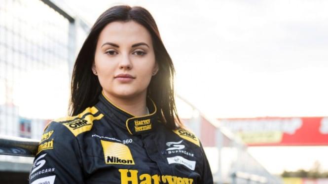 Eks pembalap wanita Australia, Renee Gracie