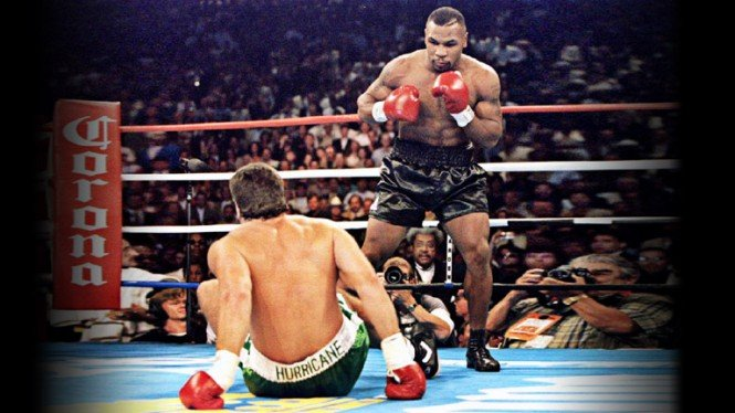 Mike Tyson saat menghabisi Peter McNeeley.