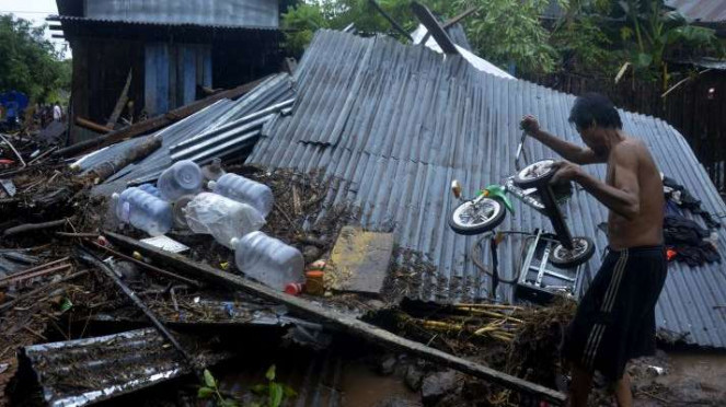Banjir bandang di Kecamatan Bissappu, Kabupaten Bantaeng Sabtu (13/6/2020)