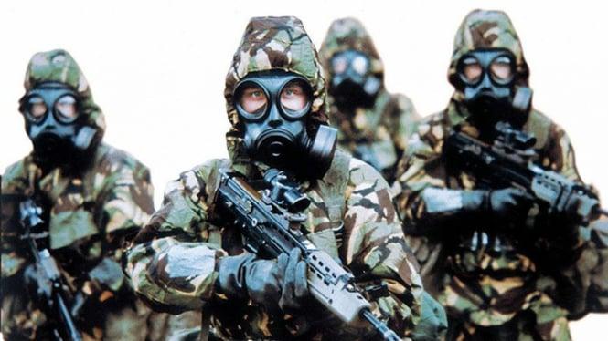 Ilustrasi militer inspeksi senjata biologi.