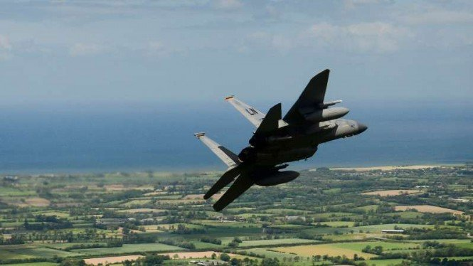 VIVA Militer: F-15 Eagle Amerika.