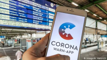 https://thumb.viva.co.id/media/frontend/thumbs3/2020/06/16/5ee8b7efa6b07-jerman-luncurkan-aplikasi-corona-terlambat-tapi-bermanfaat_375_211.jpg