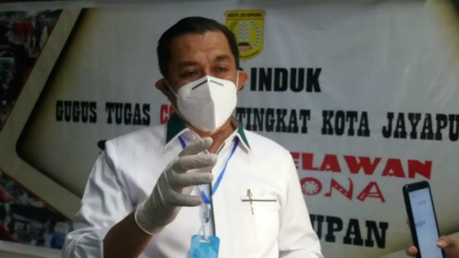 Ketua Gugus Tugas Covid-19 Kota Jayapura, Rustan Saru