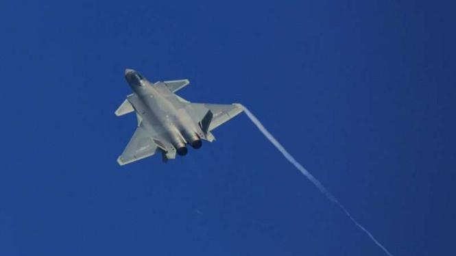 VIVA Militer: Jet tempur China, Chengdu J-10