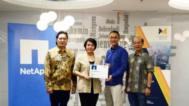 https://thumb.viva.co.id/media/frontend/thumbs3/2020/06/18/5eeb435b08ca9-suburkan-bisnis-di-era-cloud-pt-mbt-distribusikan-layanan-netapp-di-indonesia_375_211.jpg
