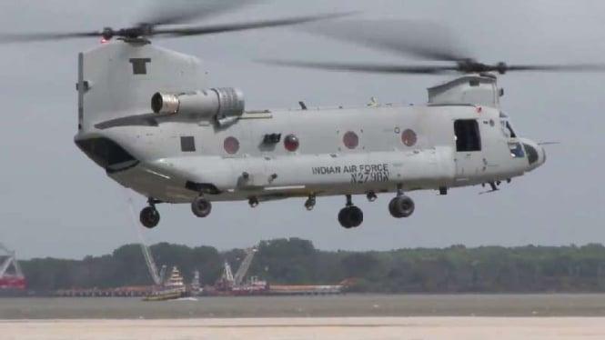 VIVA Militer : Pesawat Chinook Angkatan Udara India