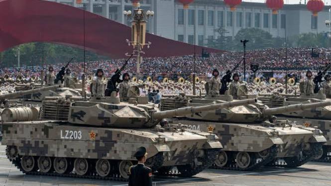 VIVA Militer: Parade tank Tentara Pembebasan Rakyat China (PLA)