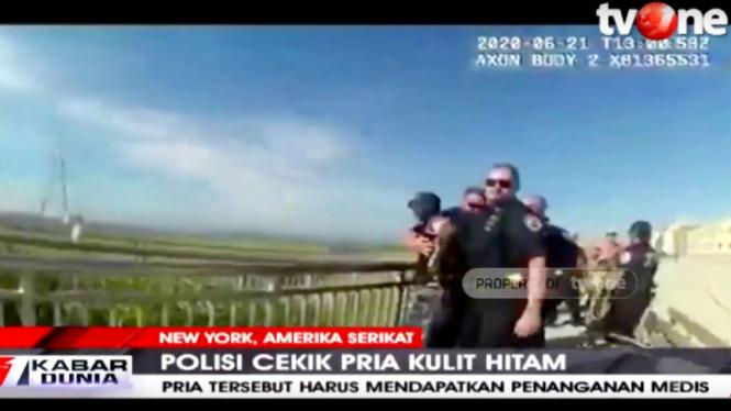 Rekaman video polisi New York cekik pria kulit hitam