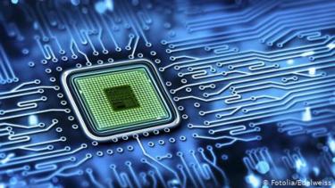 https://thumb.viva.co.id/media/frontend/thumbs3/2020/06/23/5ef1c14309e34-superkomputer-fugaku-dari-jepang-paling-cepat-sedunia_375_211.jpg