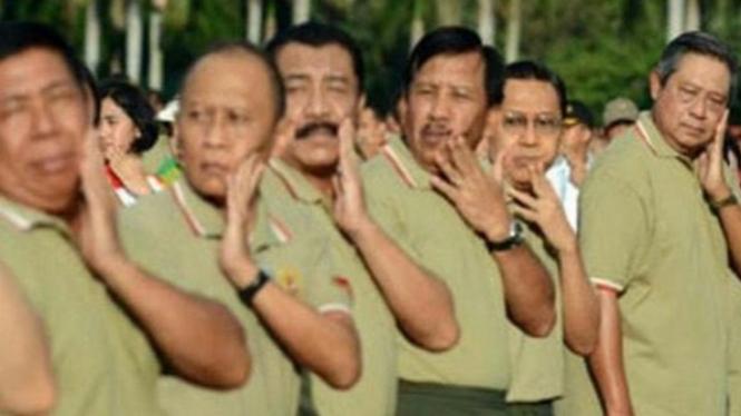 Foto SBY paling kanan (Twitter/@mahesawp45)