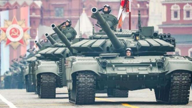VIVA Militer: Peringatan Victory Day militer Rusia