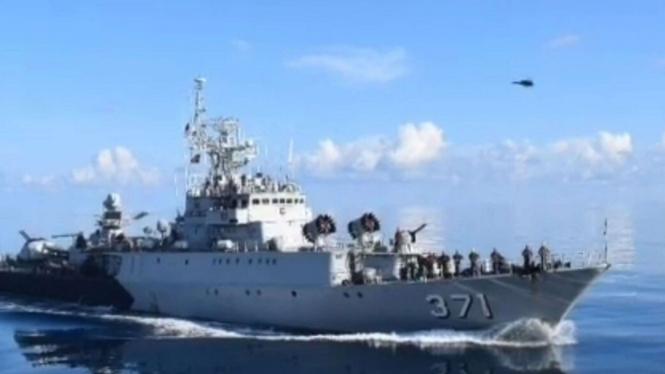 VIVA Militer: KRI Kapitan Pattimura 371