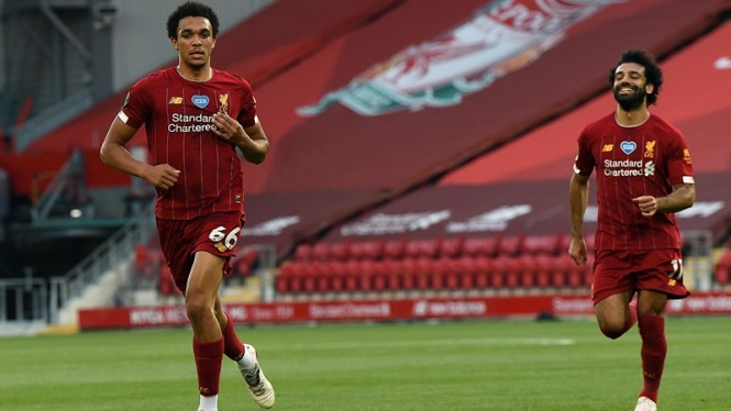 Pemain Liverpool, Trent Alexander-Arnold dan Mohamed Salah