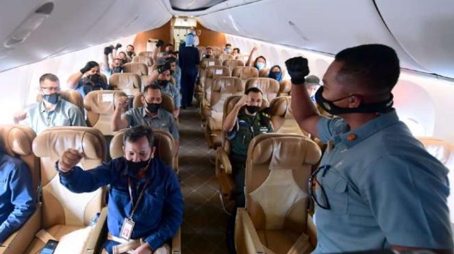 Rombongan terbatas Presiden Joko Widodo kunjungan kerja ke Jawa Timur di dalam P