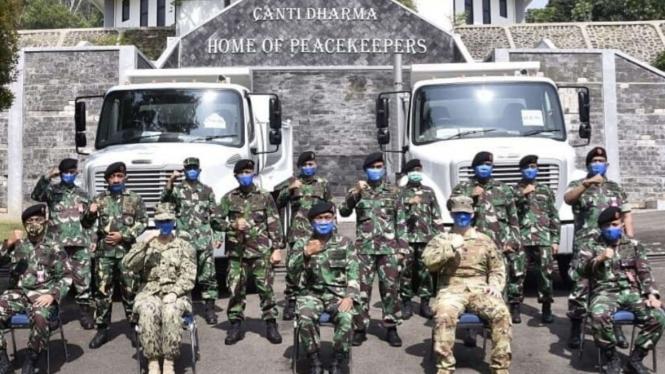 VIVA Militer: PMPP TNI Terima Hibah Berupa Dumptruck dari Pemerintah Amerika