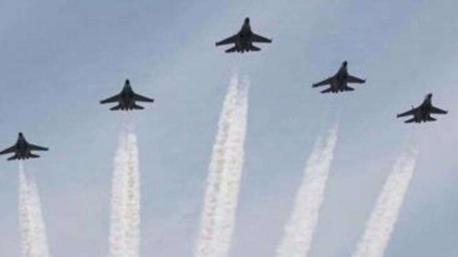VIVA Militer: Parade Pesawat TNI Angkatan Udara