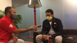 Mantan wakil gubernur DKI Jakarta Sandiaga Uno dalam wawancara dengan VIVAnews di kantor tvOne, Jakarta, pada Jumat malam, 26 Juni 2019.