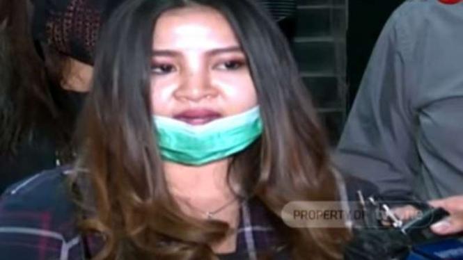 Melan Refra putri kandung John Kei datangi Polda Metro Jaya