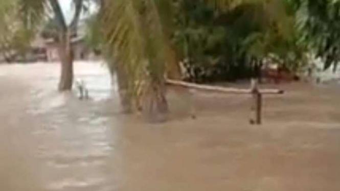 Banjir bandang di Luwu Utara Sulawesi Selatan.